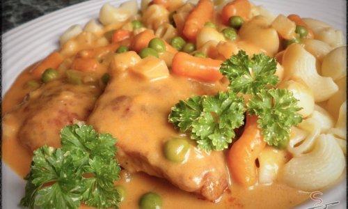 Szaftos és ízletes Pozsonyi sertéshús tésztával