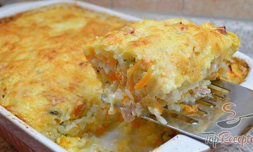 Sonkával és sajttal egyben sütött Rizs